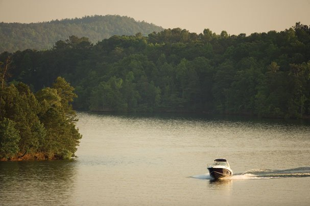 Boating Tips For Lake Martin: Winterize Your Boat in 10 Easy